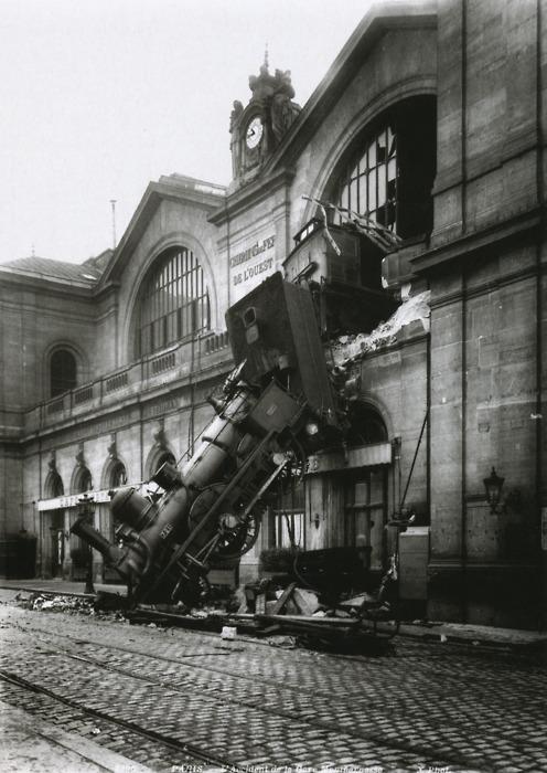 Edinburgh V Treviso  - Page 2 1895j22-accident-at-the-gare-montparnasse